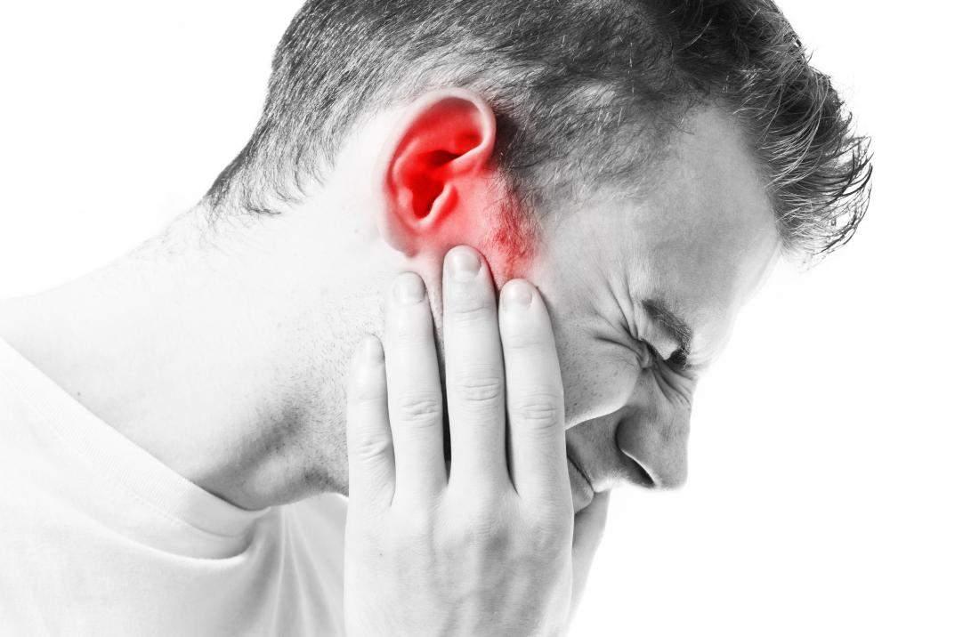 articulația sub ureche doare