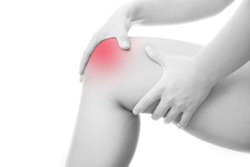 danele cu dureri articulare articulația periei doare și se zgârie