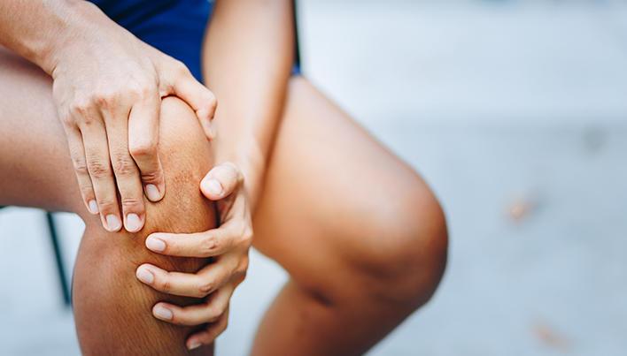 un punct în genunchi doare cum să restaurați articulația umărului după o accidentare